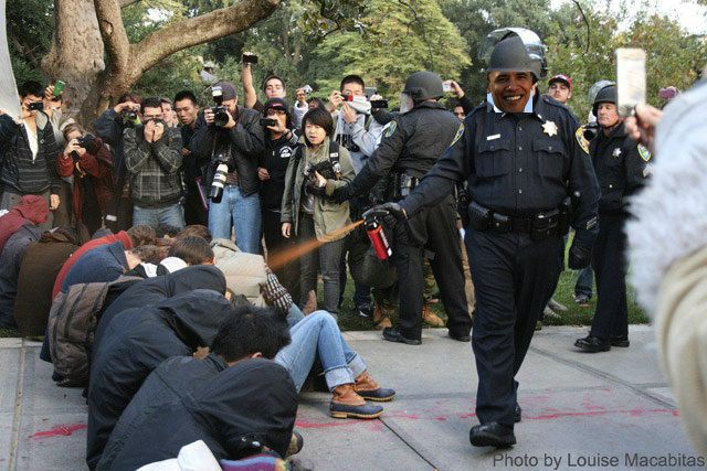 OCCUPY-PepperSprayingDemonstrators