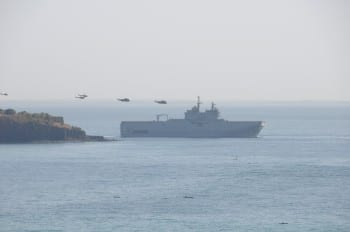 vltchek-French military maneuvres over Ile de Goree,  former slave island in Senegal