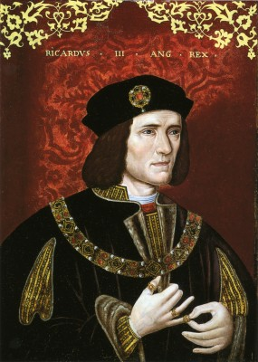 Despite his frail body (he was barely 5 ft. tall due to severe scoliosis and of slender frame), Richard Plantagenet died in battle, leading his troops at Bosworth Field. Medieval leaders often belonged to a genuine warrior class. (Wikipedia)