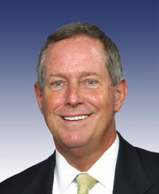 BELOW: South Carolina's Congressman Joe Wilson (R), always ready to serve the Empre's criminal ends. This is the kind of vermin, absolutely typical of the American political class, that populates and contaminates all legislative institutions in the country. Some states, like South Carolina, Texas, Oklahoma, etc., specialize in sending such offal to Washington.