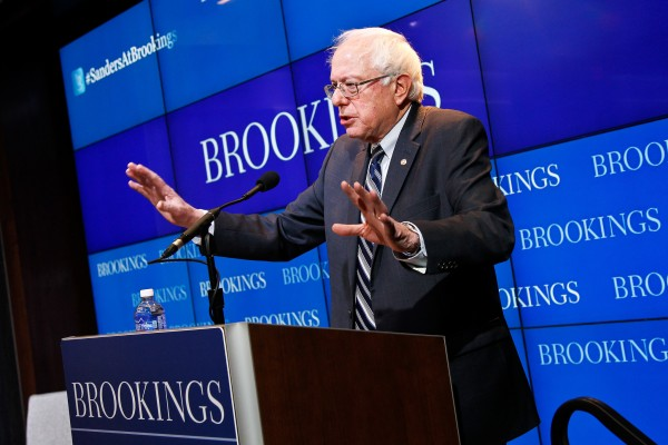 The appearance of Sanders is essentially a mirage, a ruse to distract the public and channel the growing social discontent into safe boxes, such as the Democratic party.
