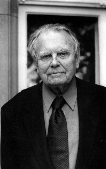 milosz v pienkowski essay The land of ulro [czeslaw milosz, louis iribarne] on amazoncom free shipping on qualifying offers this major prose work, originally published in english in 1985, is both a moving spiritual self-portrait and an unflinching inquiry into the genesis of our modern afflictions.