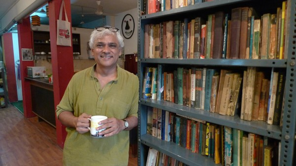 vltchek-Sudhanva-at-his-May-Day-Bookstore