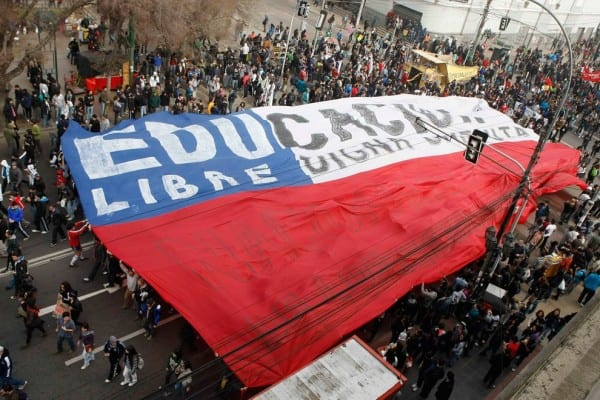 Students demonstrate for a return to the tradition of high-quality, free college education.