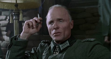 Ed Harris as Maj. Konig in Enemy at The Gates (2001). Movie still.