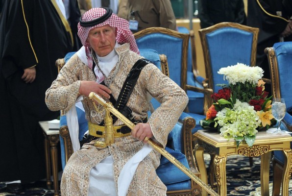 Prince Charles doing Saudi ritual dance during visit in Februay (2014). Via Ancho/flickr.
