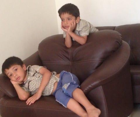 tv-watching-kids