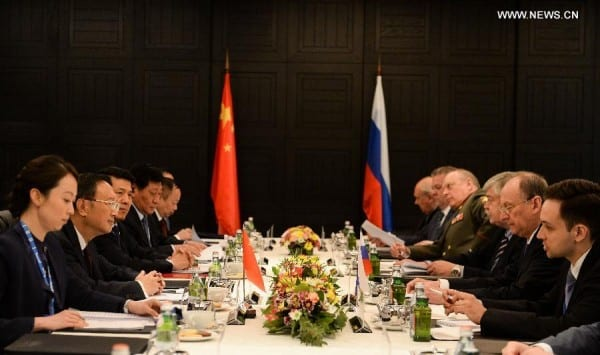 Visiting Chinese State Councilor Yang Jiechi (2nd L) and Russian Security Council Secretary Nikolai Patrushev (2nd R) attend the 11th round China-Russia strategic security consultation in Moscow, Russia, on May 25, 2015. (Xinhua/Jia Yuchen)