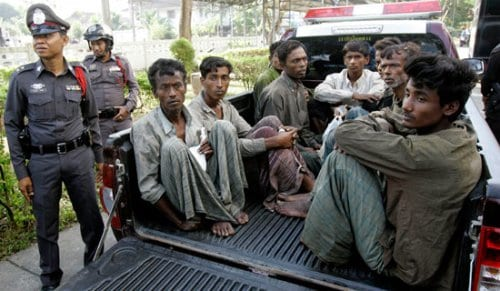 rohingya-pickupTruck