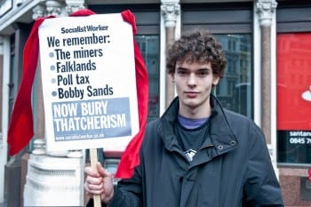 thatcherFuneral-protest