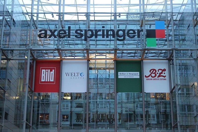 Axel_Springer_Gebäude_und_Logo