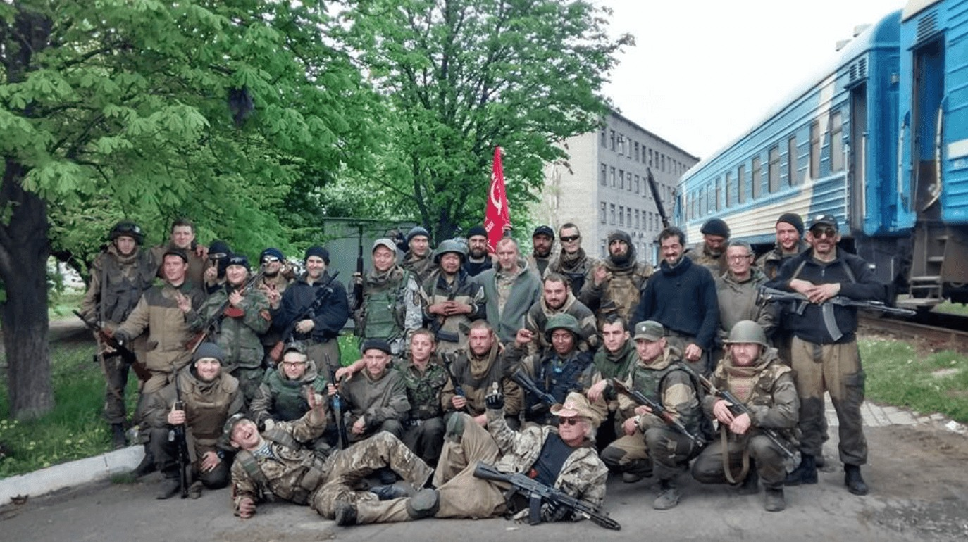 Texac (in front) with his comrades in arms in Donetsk.