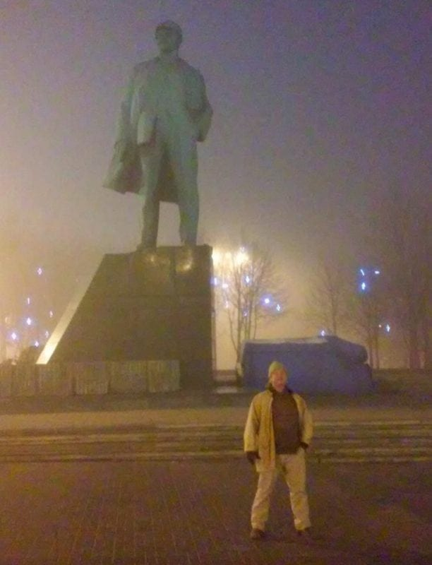 The Lenin Square. Statues of the great revolutionary are being defaced and desecrated all over Ukraine, especially in Kiev and Lviv, but not in Novorossiya, where the spirit of collective solidarity endures.