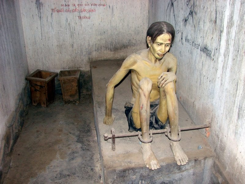 Vietnam Hanol War Museum: Prisoner in Shackles