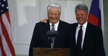 Yelltsin abd Clinton