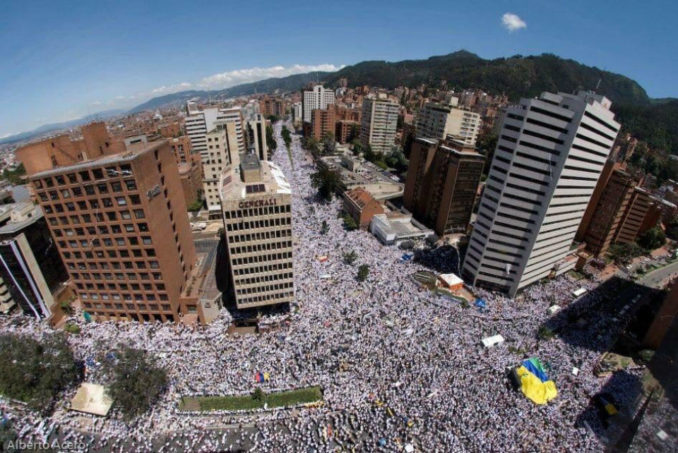 Colombans rise against the criminal government